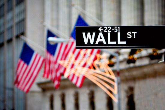 17_Wall Street hits 2016 high